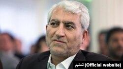 علیرضا جمشیدی، رئیس سازمان تعزیرات حکومتی ایران میگوید:فقط دو تا سه درصد از میزان کالای قاچاق، در ایران کشف میشود