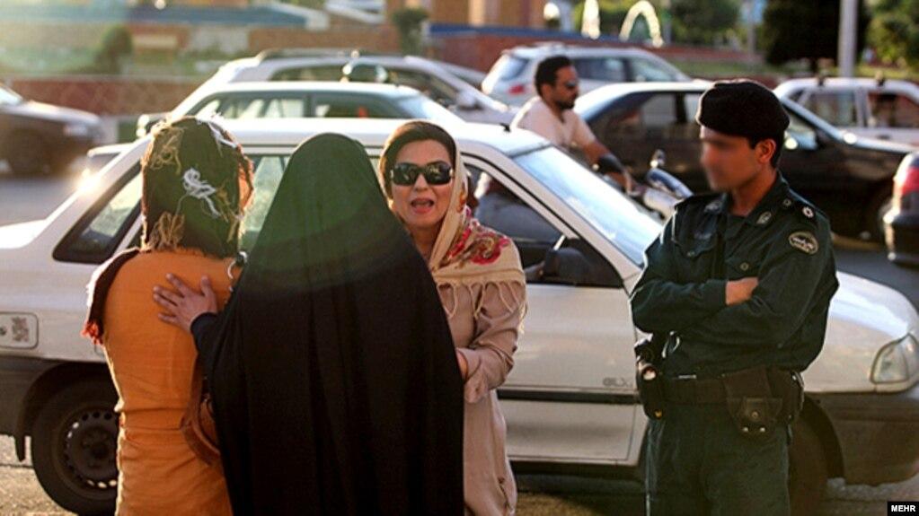 دلیل ارسال انبوه پیامکهای کشف حجاب «نقص فنی» اعلام شد
