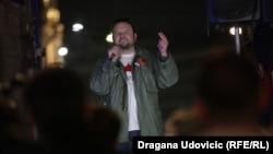 Vidojković na protestu: Popisati krivična dela trenutne vlasti u Srbiji