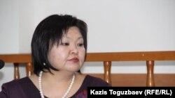 Адвокат Жанара Балгабаева, представляющая интересы вызванных на допрос алматинцев, которым вынесли предупреждения о недопустимости организации несанкционированных акций.