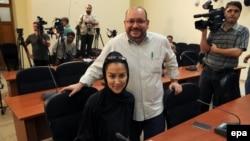 Իրան - Ջեյսոն Ռեզայանը և նրա կինը՝ Եգանե Սալեհին Իրանի արտգործնախարարությունում, Թեհրան, 10-ը սեպտեմբերի, 2013թ․