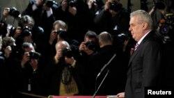 Чех республикасының жаңадан сайланған президенті Милош Земан ант беріп тұр. Прага, 8 наурыз 2013 жыл