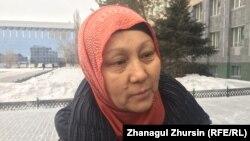 Жительница Актобе Гульжанар Сабенова, мать ученицы школы № 23. Актобе, 8 января 2018 года.