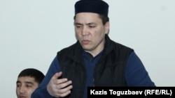 Алмат Жумагулов выступает с последним словом на суде в Алматы, 11 декабря 2018 года.
