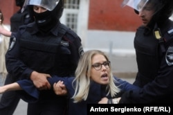 Lyubov Sobol is detained in Moscow on July 14.