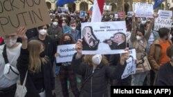 Акция протеста против политики Кремля в Праге, 21 апреля 2021 года