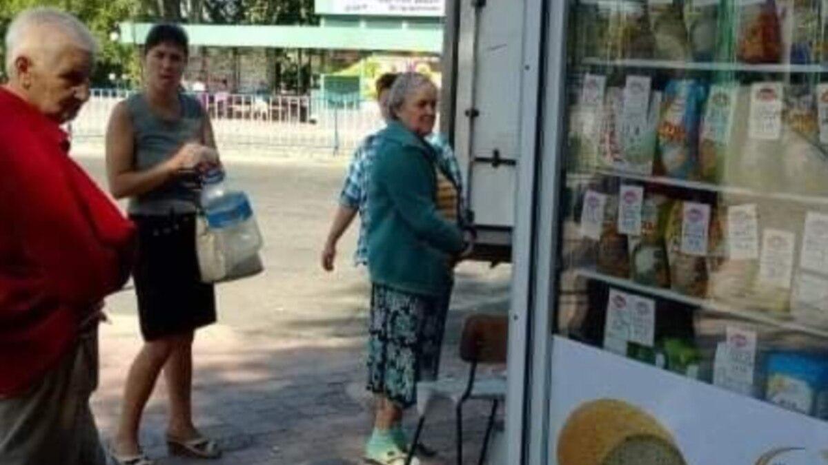 «Вместо 80 лежит 200»: в Луганске ухудшается ситуация с эпидемией
