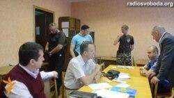 У Донецьку напали на окружну виборчу комісію №43
