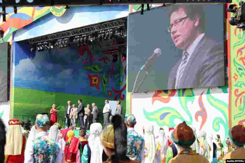Башкортстан премьер-министры урынбасары Салават Сәгыйтов чыгыш ясый