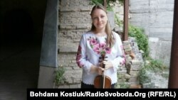 Наташа Грізар, скрипалька