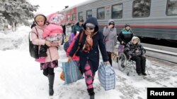 Шығыс Украинадан келген босқындар Ресейдің Ставрополь өлкесінде.