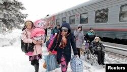 Біженці з Донбасу в Росії, архівне фото