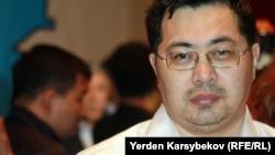Гражданский активист Ермек Нарымбаев.
