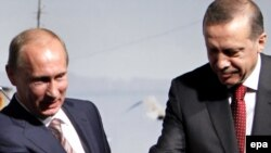 Rusiya baş naziri Vladimr Putin və türkiyəli həmkarı Rəcəb Tayyib Ərdoğan