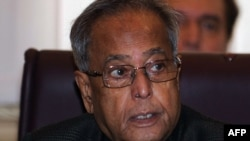 Министерот за финансии на Индија Пранаб Мукхереџе