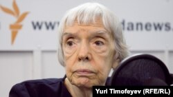 Lyudmila Alekseyeva (in file photo), chairwoman of the Moscow Helsinki Group, was planning to attend the Moscow event.