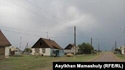 """Село Гульшат, где жил """"совершивший самоподрыв"""" мужчина, который, по версии спецслужб, был в составе группы, предположительно готовившей теракты. Июль 2016 года."""
