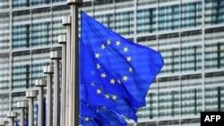 Obrazloženja za nove provere u koja je teško poverovati: Sedište Evropske komisije