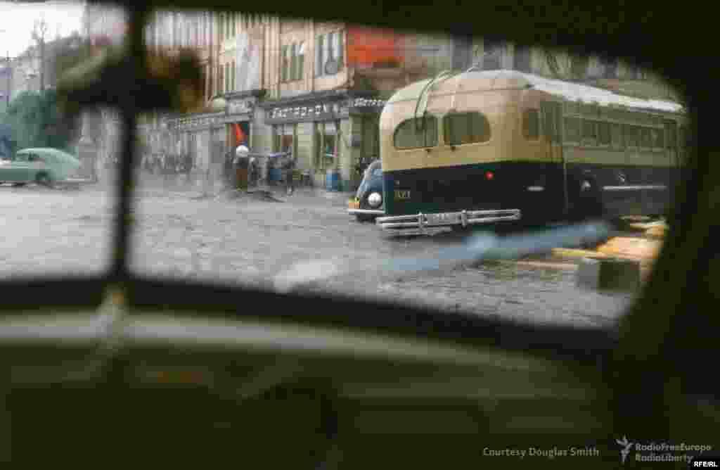 Затопленный перекресток Крещатика и улицы Богдана Хмельницкого, Киев