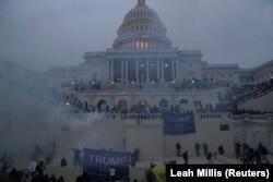 اعتراض برخی از جمهوریخواهان به نتایج چندین ایالت از سوی سنا و مجلس نمایندگان
