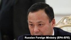 Руслан Казакбаев, вазири умури хориҷии Қирғизистон.