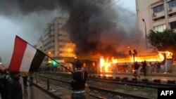Tym e flakë nga demonstratat në qytetin egjiptian Aleksandri
