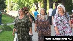 Uzbekistan - today's Uzbek women