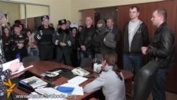 Сотня Самооборони перетворилась у «люстраційний комітет»