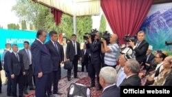 Встреча президентов Таджикистана и Кыргызстана в Ворухе