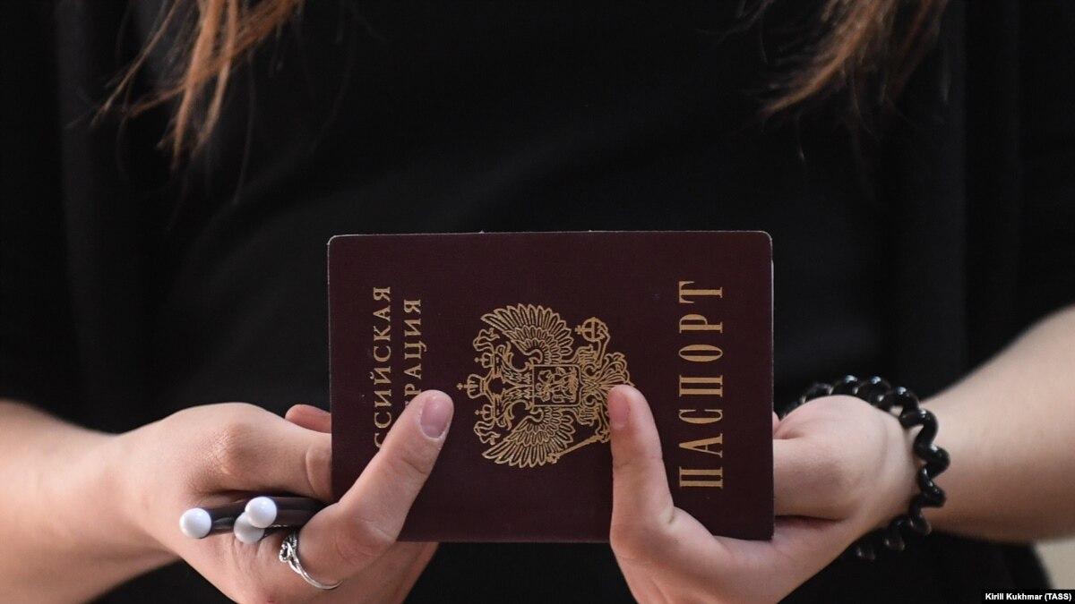 В МВД России объяснили, как будут выдавать паспорта жителям Донбасса: В Ростовской области у границ ДНР и ЛНР откроются 4 центра для приёма документов
