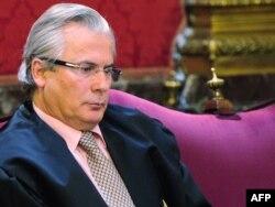 """Судья Бальтасар Гарсон, занимавшийся в том числе и делом """"русской мафии в Испании"""", позже был осужден за превышение должностных полномочий и незаконное прослушивание телефонных разговоров"""