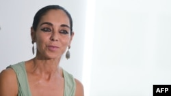 Iranian-born visual artist Shirin Neshat is one of the signatories of a new letter calling on U.S. President-elect Donald Trump to preserve the nuclear deal with Iran.