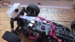 Школяр створив алгоритм для робота-помічника, який розрізняє предмети і жести
