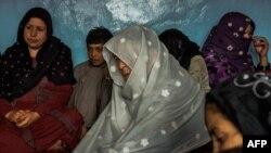 Ооганстандык аялдар. Кабулдун четиндеги Занабад (Аялзат-Абад) кыштагы. 20.3.2017. AFP сүрөтү.