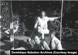 Николай Набоков, Джордж Баланчин и Игорь Стравинский