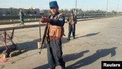 رادمنش: دهشت افگنان همیشه به لباس مردم یا به لباس نیروهای نظامی خود را ملبس میسازند.