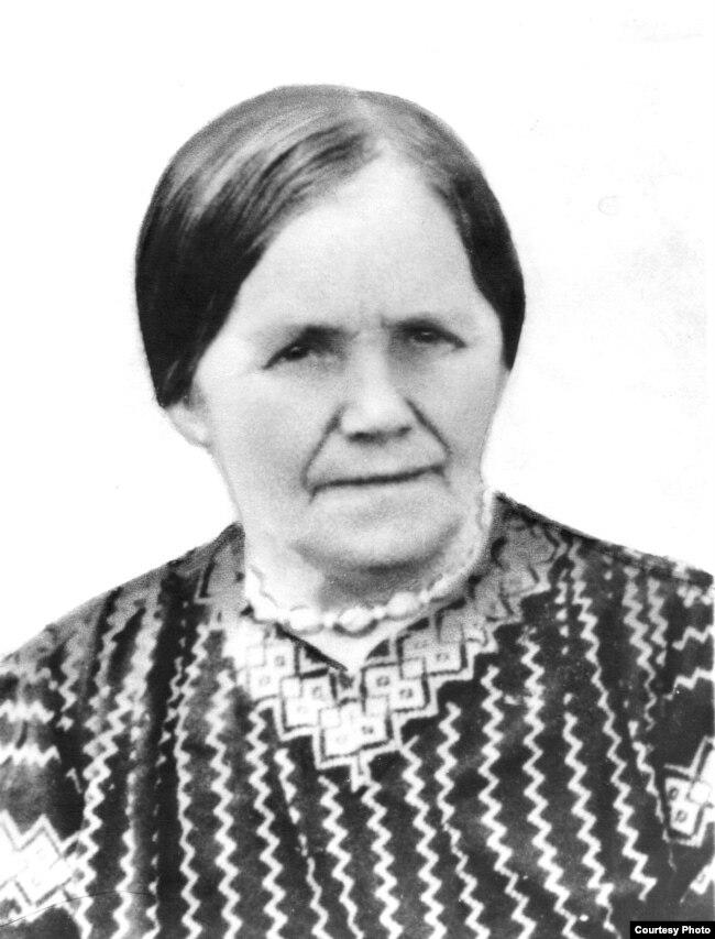 Маці — Марыя Міхайлаўна