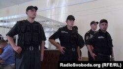 Cлухання кримінальної справи підозрюваних у зґвалтуванні та спробі спалення 18-річної Оксани Макар, 24 травня 2012 року