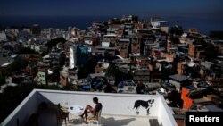 Pogled na favele, Rio de Žaneiro, 2016.