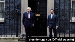 Președintele ucrainean Volodimir Zelenski, primit la Londra de premierul britanic Boris Johnson