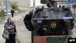 ارتش ترکیه و شبهنظامیان گروه پکاکا در ماههای اخیر به طور مداوم در استانهای جنوبی ترکیه با یکدیگر درگیر بودهاند