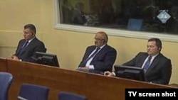 Generali Gotovina, Markač i Čermak u sudnici, 30. kolovoza, 2010