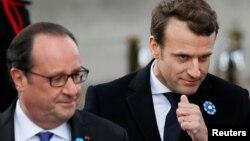 Новообраний і чинний президенти Франції Емманюель Макрон (п) і Франсуа Олланд, Париж, Франція, 8 травня 2017 року