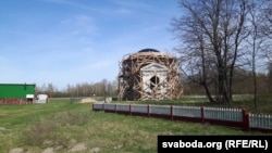 Кансэрвацыя капліцы Скірмунтаў у Моладаве