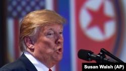 Donald Trump sualları cavablandırır