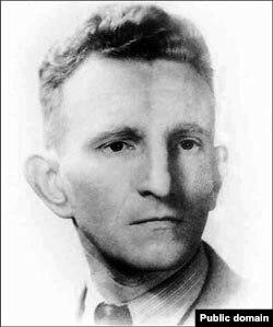 Главнокомандующий УПА Роман Шухевич, отец Юрия Шухевича, был убит МГБ в 1950 году