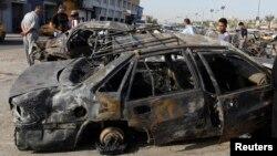 В районе Хуррия Багдада у места одного из предыдущих взрывов.