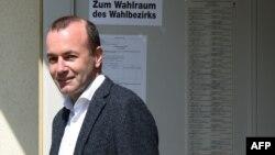 Поддерживаемый Ангелой Меркель кандидат на главу Еврокомиссии Манфред Вебер