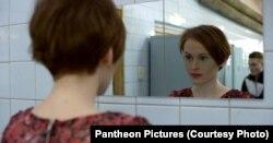 Кадр из фильма PUT[IN]LOVE.