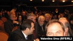 Premierul Vlad Filat la teatru.